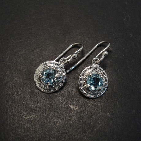 Aquamarine And White Gold Earring
