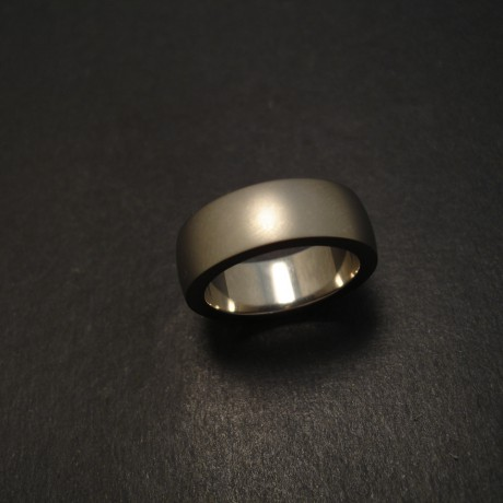 mens-titanium-ring-big-07482