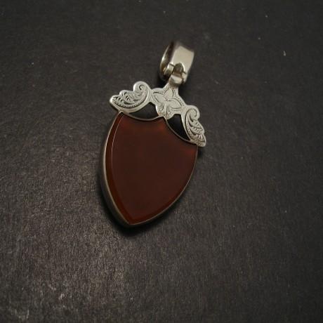 cornelian-bloodstone-antique-silver-pendant-shield-06701.jpg