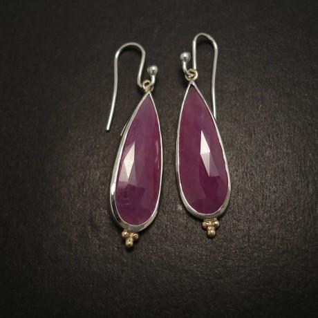 corundum-ruby-teardrops-silver-gold-07538.jpg
