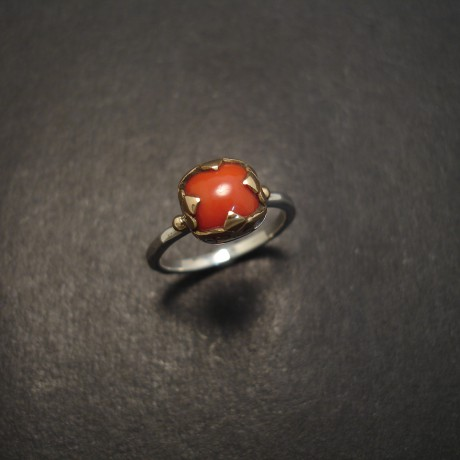 gem-quality-coral-ring-18ctgold-silver-07364.jpg