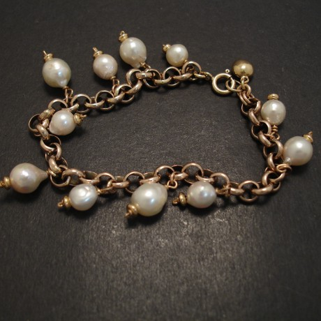 gold-link-bracelet-akoya-pearl-drops-07317.jpg