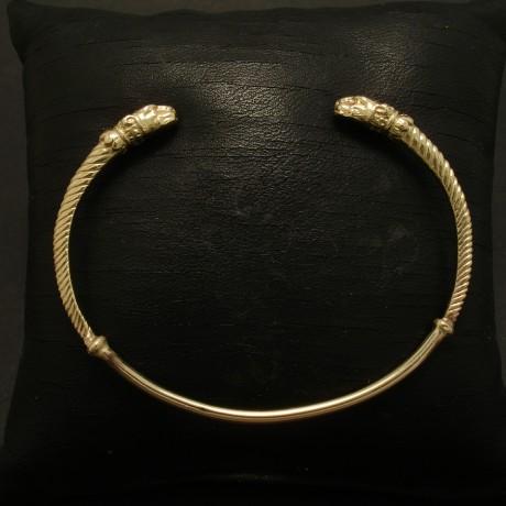 leopard-head-gold-open-bangle-03467.jpg