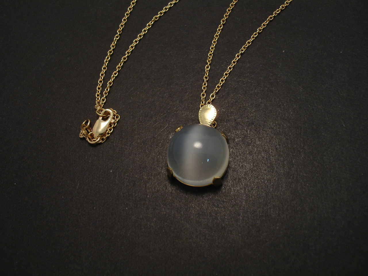 moonstone pendant 18ct gold christopher william sydney