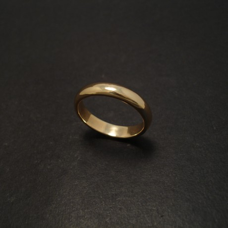 plain-band-high-dome-half-round-gold-07476.jpg
