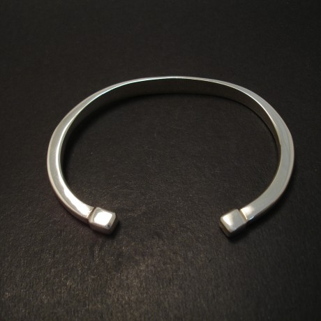 squared-fineals-open-bangle-silver-07495.jpg