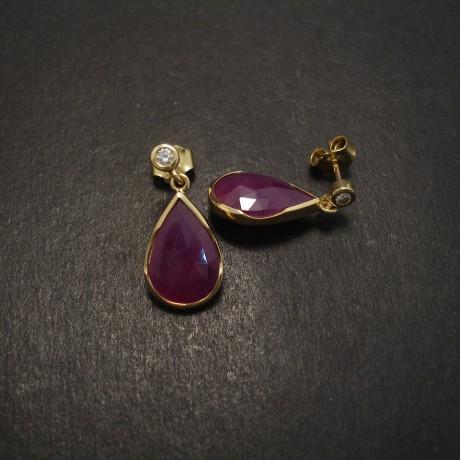 teardrops-opaque-ruby-diamond-18ct-gold-07326.jpg