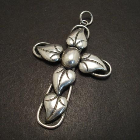 danish-silver-cross-pendant-1960's-06338.jpg