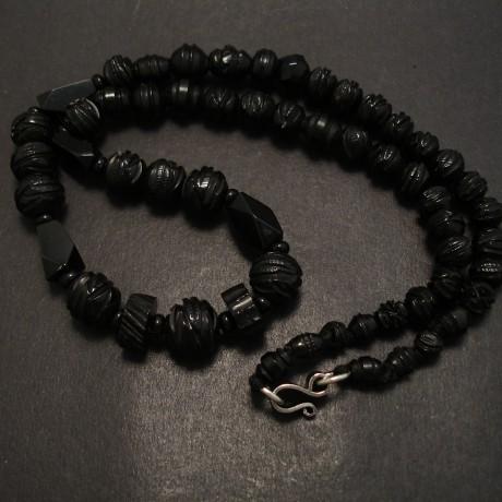 jet-bead-necklace-english-antique-07349.jpg
