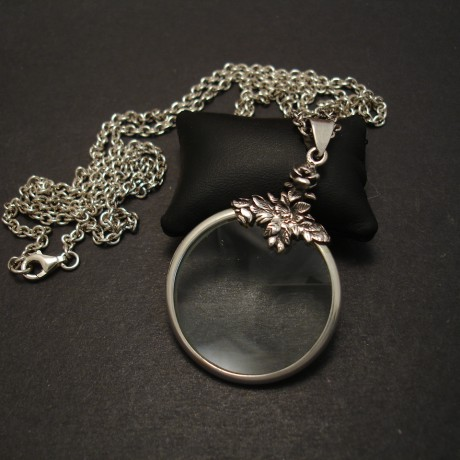 magnification-silver-pendant-necklace-chain-07872.jpg