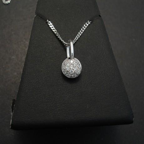 pave-set-diamond-18white-gold-necklace-03527.jpg