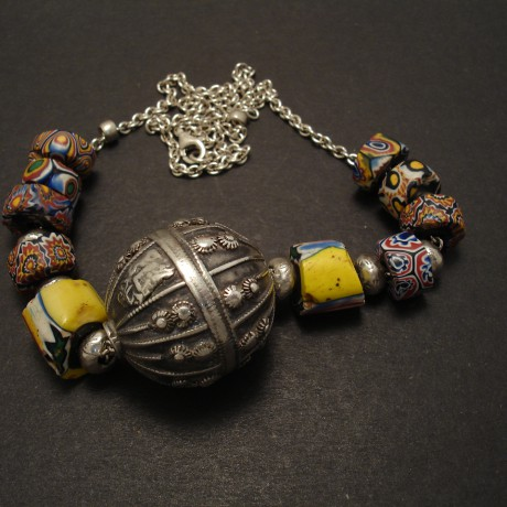 yemen-silver-bead-trade-beads-silver-chain-necklace-07875.jpg