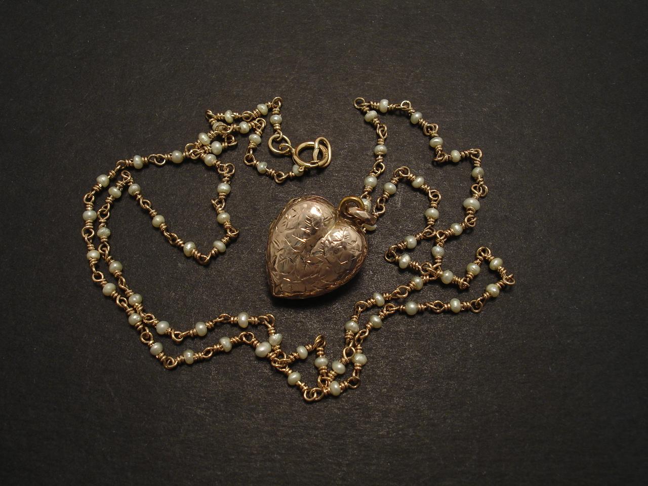Heart Locket Gold English Antique Christopher William