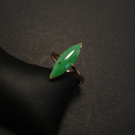 jade-chinese-18ctgold-marquise-ring-07701.jpg