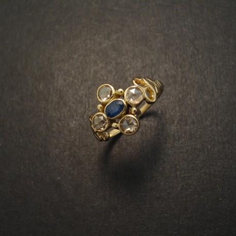 18ct-gold-ring-sapphire-four-rose-cut-diamonds-05009.jpg