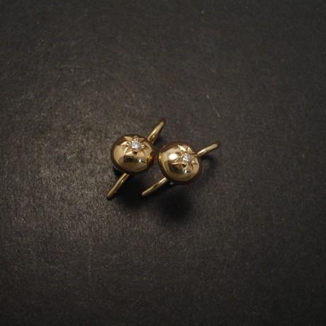 2pt-diamonds-9ctgold-ball-fixed-earrings-05989.jpg