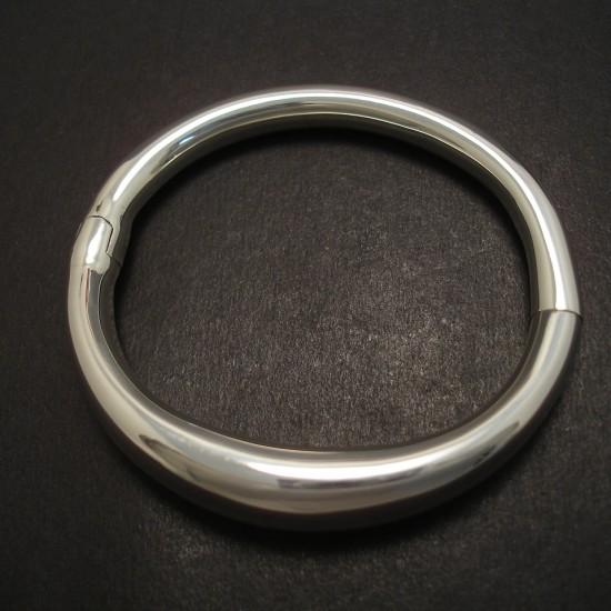 fluid-form-spring-clip-s.silver-bangle-07332jpg