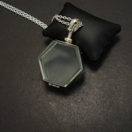 glass-locket-pendant-silver-sexagonal-06052.jpg