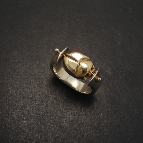 gold-scarab-swivel-ring-silver-flared-06569.jpg