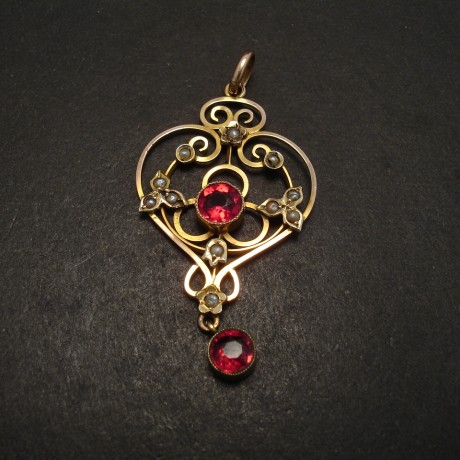 ruby-glass-pwearl-9ctgold-antique-pendant-06215.jpg