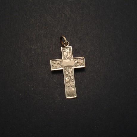 pale-gold-english-antique-cross-03603.jpg