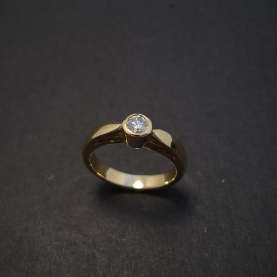 solitaire-engagement-ring-18ct-.26pt-08105.jpg