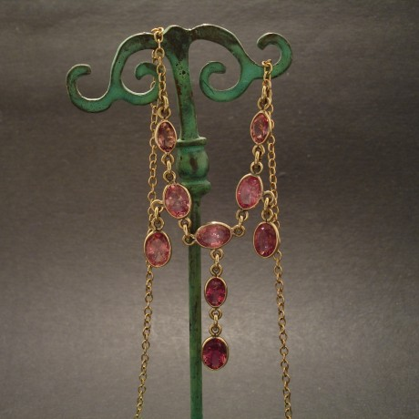 nine-pink-tourmalines-9ctgold-necklace-08005.jpg