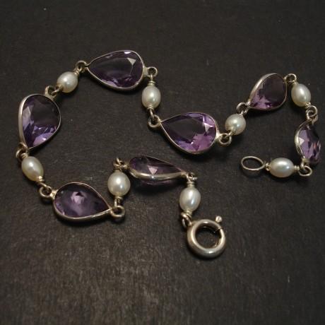 amethyst-pearl-silver-bezel-bracelet-08396.jpg