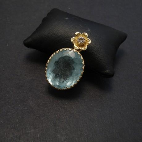 handcarved-18ctgold-pendant-aquamarine-diamond-08335