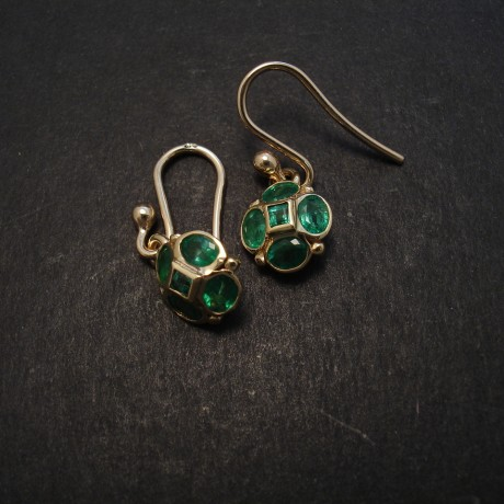 matched-emeralds-10ovalsq-9ctgold-earrings-08288