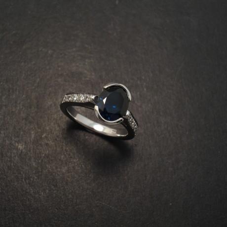 AAAgrade-australian-sapphire-engagement-ring-06926.jpg