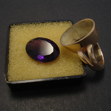 client-gemstone-amethyst-custom-made-ring-08017