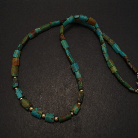 natural-gemstone-turquoise-gold-necklace-08446.jpg