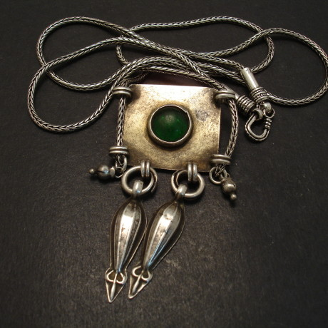 turkmeni-tribal-silver-green-glass-rope-chain-06915.jpg