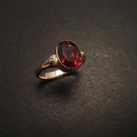 garnet-gemstone-10x8-9ctgold-ring-06367.jpg