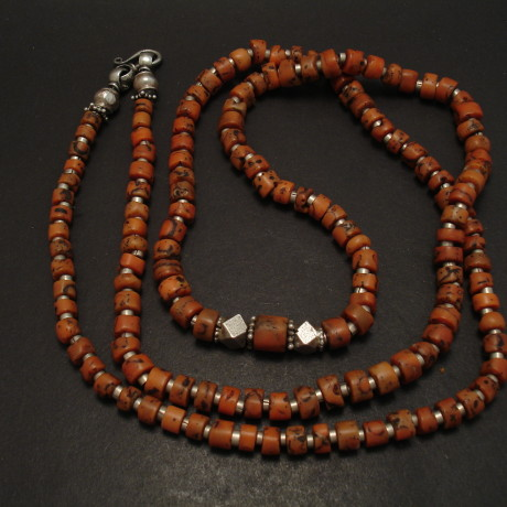 old-coral-tribal-bead-long-necklace-06150.jpg