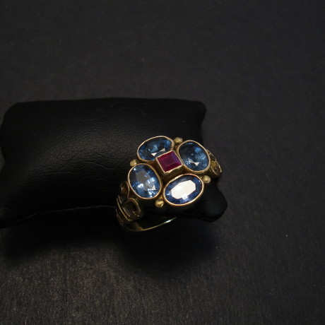 matched-bright-sapphires-4x6x4-18ctgold-ring-08436.jpg