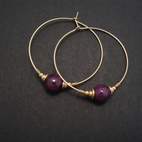opaque-ruby-beads-9ctgold-gypsy-earhoops-02777.jpg