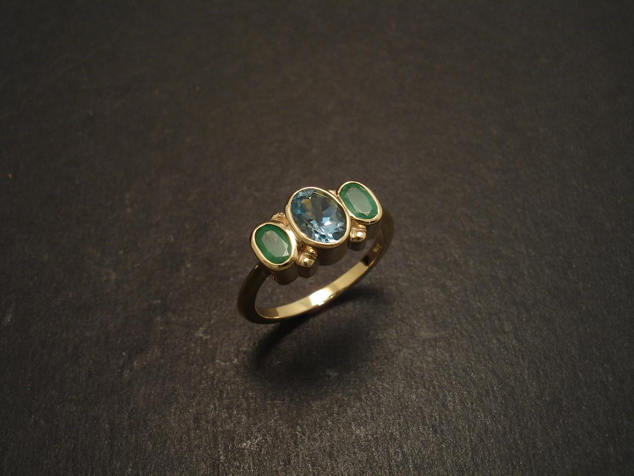 beryl crystals aquamarine emerald christopher william