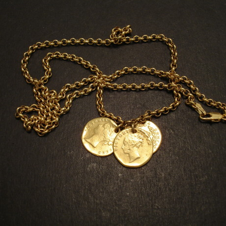 coin-necklace-18ct-gold-3x2anna-08782.jpg