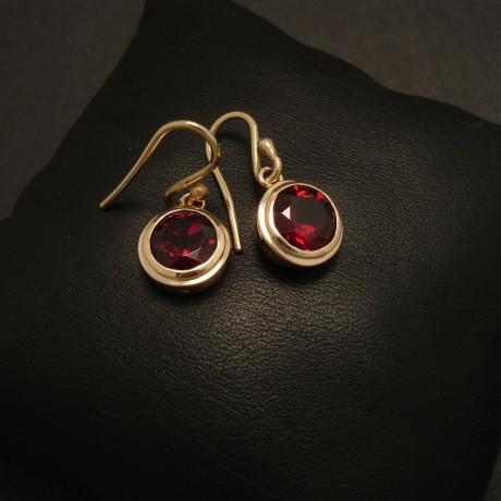solid-gold-8mmgarnet-earrings-9ct-08784.jpg