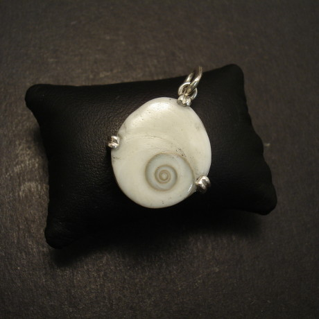 client-shell-nautillus-custom-made-silver-pendant-08874