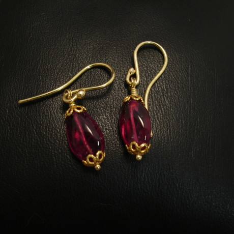 18ct-gold-pink-tourmaline-bead-earrings-09275.jpg