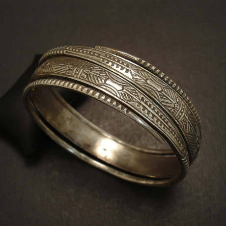coiled-silver-bracelet-old-tribal-laos-09230.jpg
