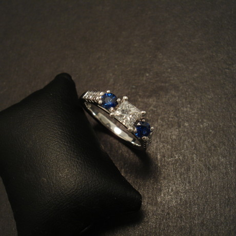 diamond-princess-cey-sapphires-18ctwhite-gold-engage-ring-09156.jpg