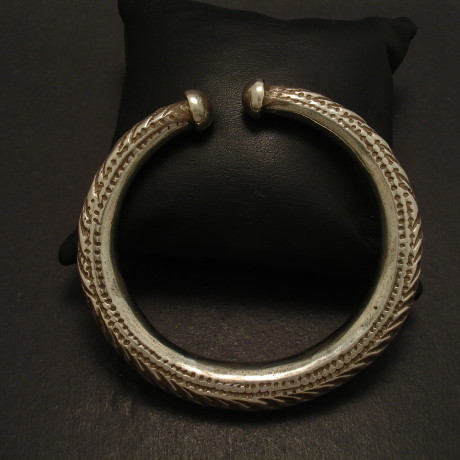 embossed-silver-open-tribal-bracelet-taper-09236.jpg