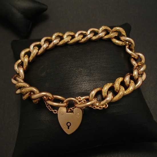 padlock-bracelet-english-antique-9ctgold-curb-03612.jpg