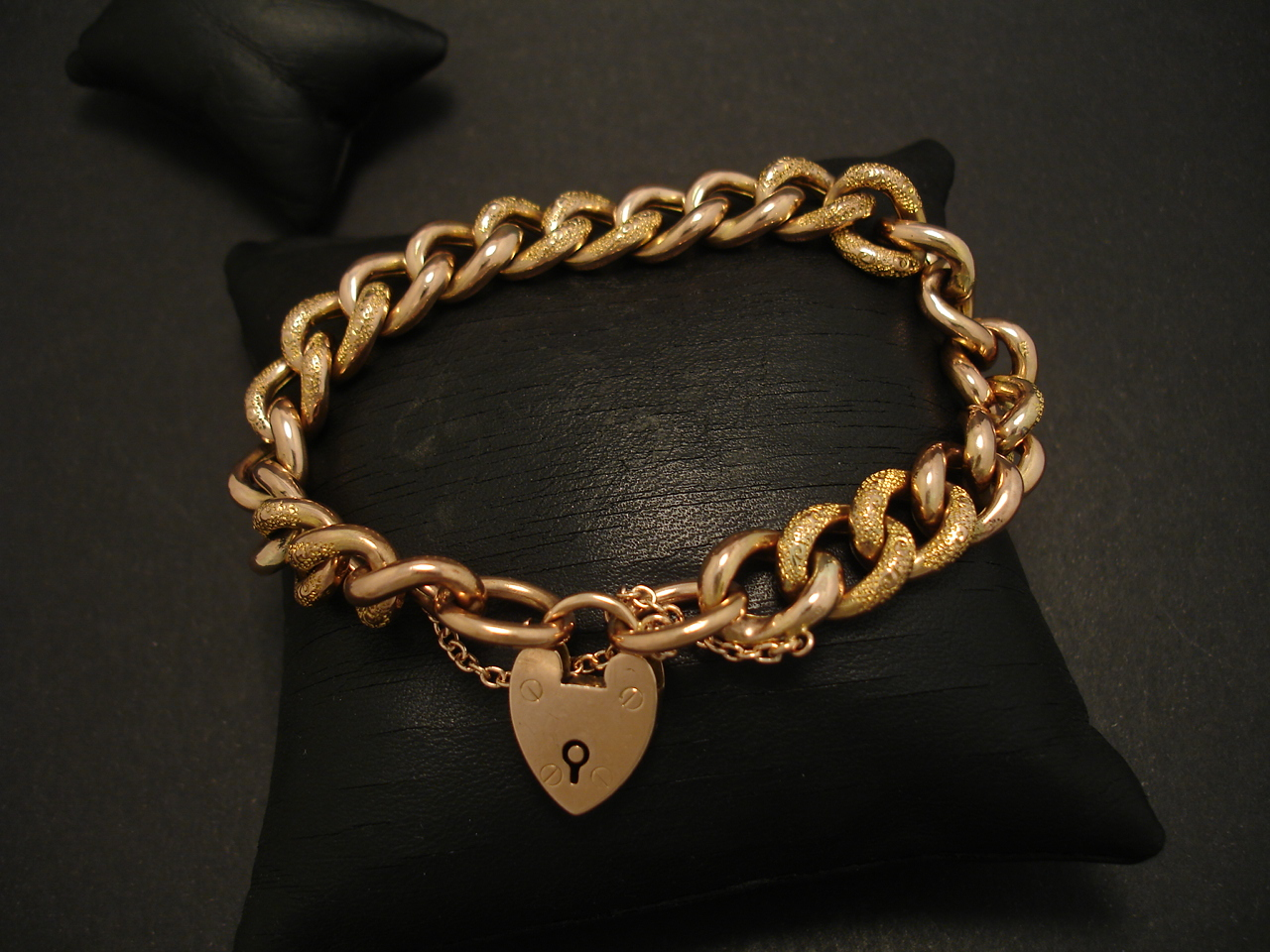 Antique Padlock Bracelet 9ct Gold Christopher William