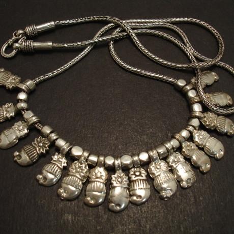 silver-tribal-mango-bead-16-necklace-09242.jpg