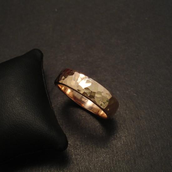 hammered-custom-made-18ctrose-gold-ring-09728.jpg